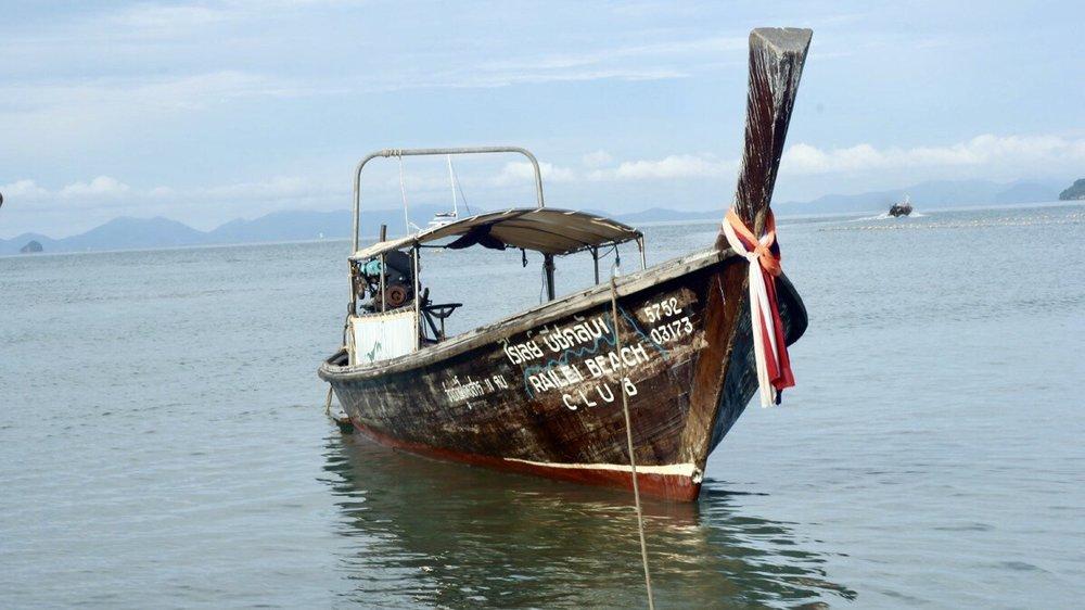 boat_railei_beach_club.jpg