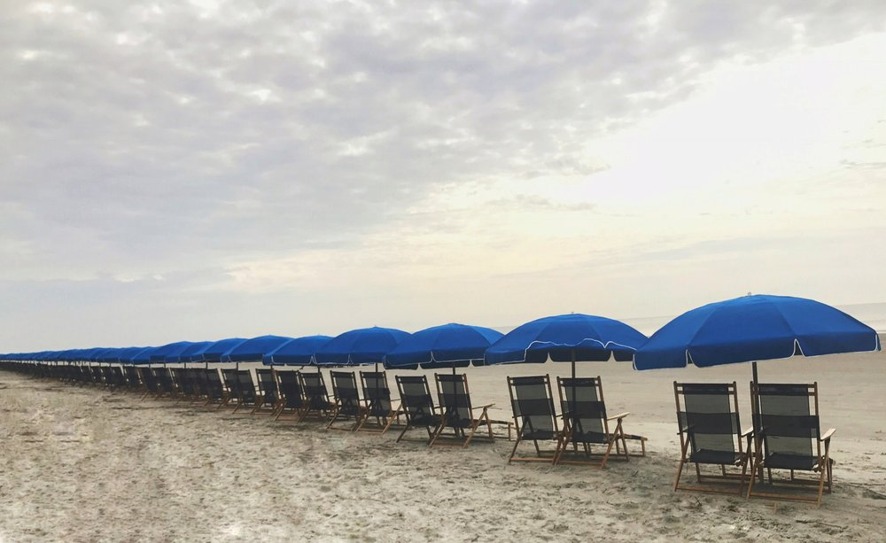 surprise weekend vacation traveling to beach destination