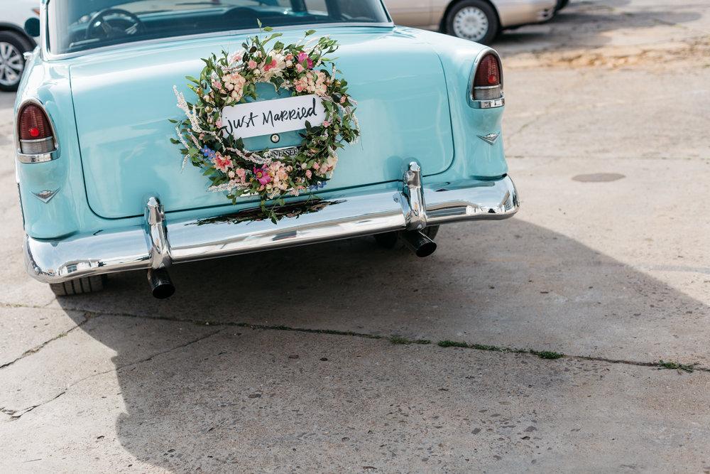 Standard Downtown Knoxville Wedding Venue Central Avenue Happy Holler Getaway Car Reception