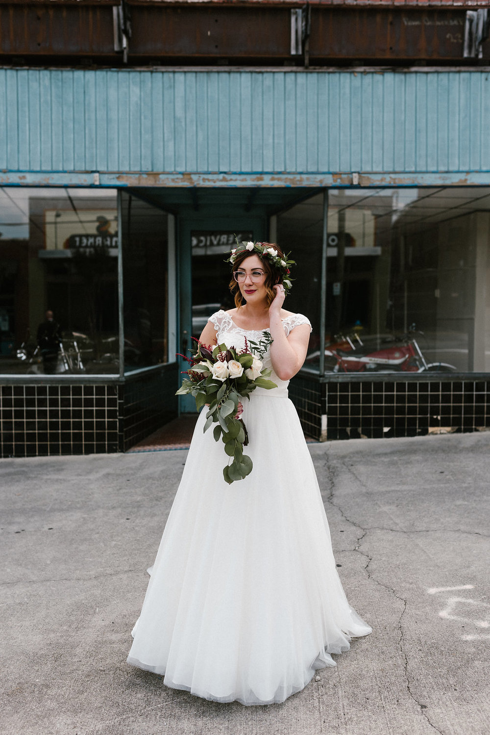 Standard Downtown Knoxville Wedding Venue Bridal Portrait Urban Central Avenue