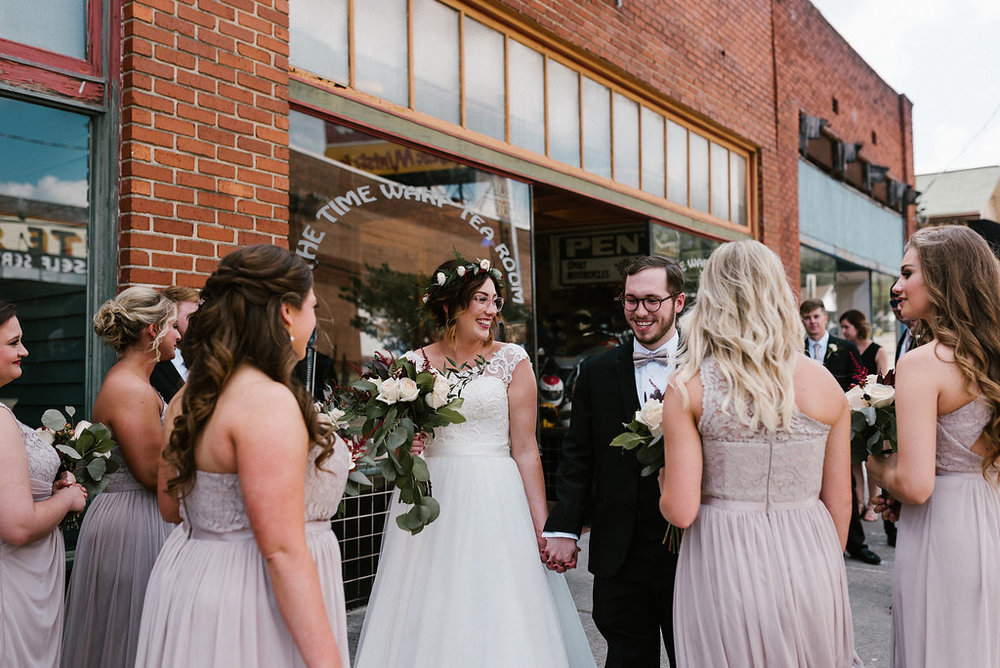 Standard Downtown Knoxville Wedding Venue Bridal Party Central Avenue
