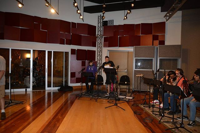 Along with signing autographs 😉 we visit and record inside of a professional recording studio! Its amazing to hear all of our practicing and rehearsing come together in the studio- its always a blast! 😁  #heatwaveshowband #recordingsession #recordingstudio #thepalmslasvegas #coverband #jazzband #showband