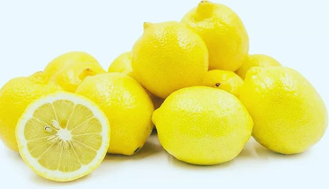 "We are definitely looney for lemons over here!! According to Organicfacts.net, ""Lemon juice, being a natural antiseptic medicine, can also cure problems related to the skin. The juice can be applied to reduce the pain of sunburns and it helps to ease the pain from bee stings as well. It is also good for acne and eczema. It acts as an anti-aging remedy and can remove wrinkles and blackheads. Drinking its juice mixed with water and honey brings a healthy glow to the skin!"" Did you know it also helps cure burns?? I know...you'd think the opposite, but NO!  Using lemon juice on the site of old burns can help fade the scars, and since it is a cooling agent, it reduces the burning sensation on the skin while you have an irritating burn.  #lemonsforlife #takecareofyourskin #didyouknow #antiaging #organic #athomeremedies #loveyourface #skin #acne #eczema"