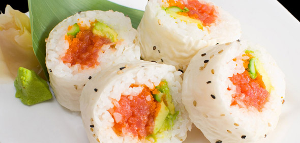 specialty_rolls_Spicy_Tuna_in_Soy_Paper.jpg