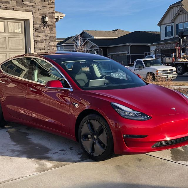 Always a good time doing this Tesla. Never a bad time to protect your exterior from winters harsh elements (720) 822-6324 👉🏼📲@teslamotors  #autodetailing #detailing #detailersofinstagram #denvercolorado #denver #colorado #mobiledetailing #goldencolorado #arvadacolorado #littletoncolorado