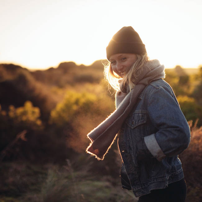 Girl-light.jpg
