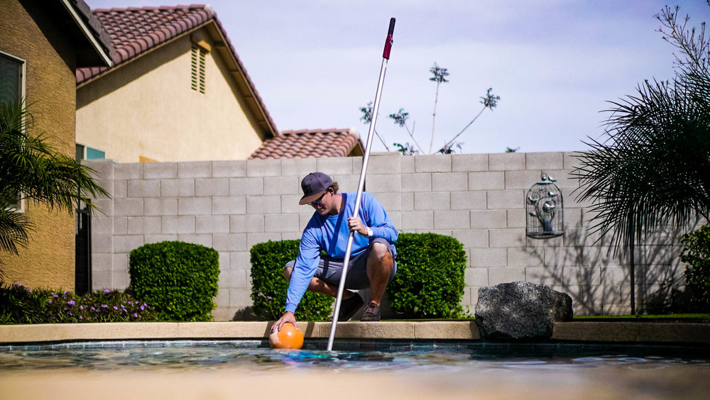 weekly-pool-cleaning.jpg