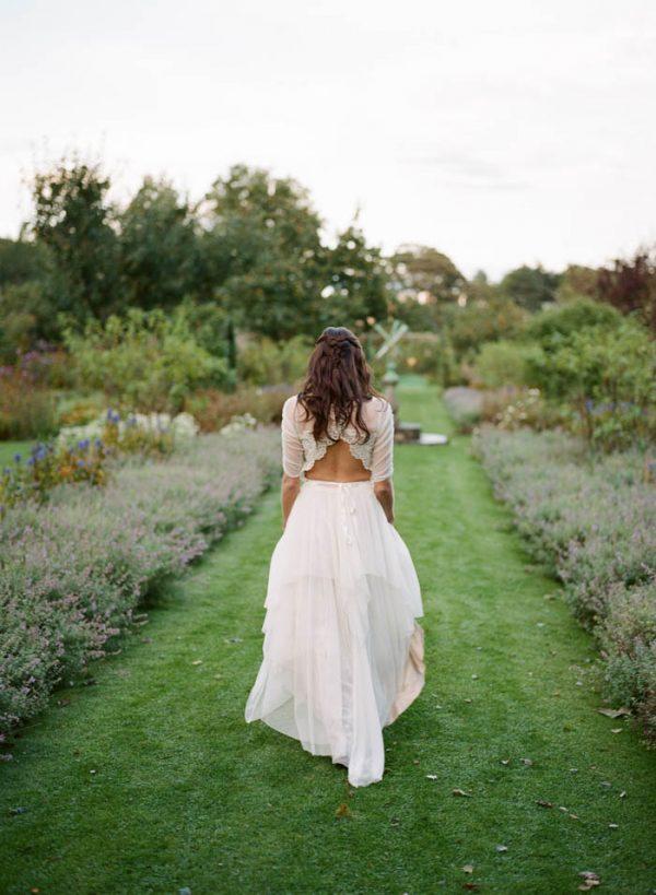 Romantic-and-Regal-Scottish-Wedding-Inspiration-at-Kellie-Castle-Archetype-Studio-31-600x819.jpg