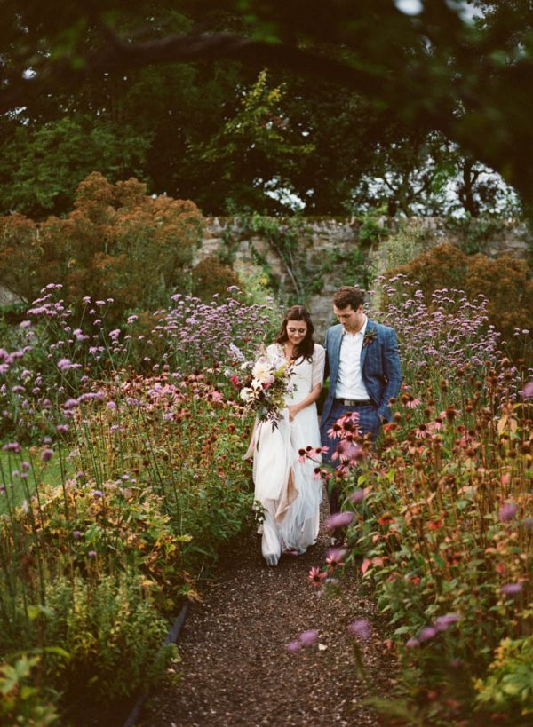 Romantic-and-Regal-Scottish-Wedding-Inspiration-at-Kellie-Castle-Archetype-Studio-36-600x819.jpg