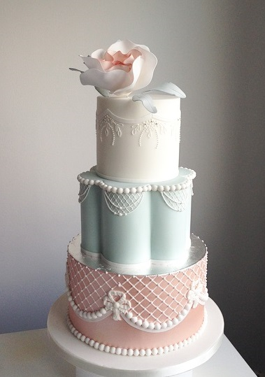 Faye cahill design. Loren Brand Cakes