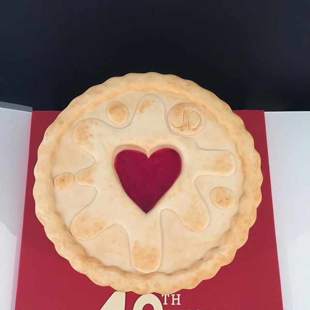 Happy Valentines Day ❤️ #tbt to this giant jammy dodger I made. See next pic for scale ❤️ @jammiedodgersofficial #Jammiedodgers #allheartsday