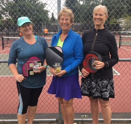 Round Robin 3.0 Winners: Peggy Roga, Kathy Hoyt, Sue Adkins