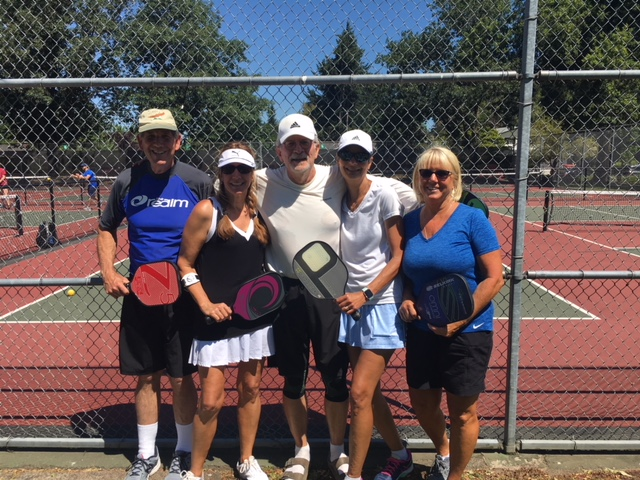 Round Robin 3.5 Winners: Bill Dennehy, Jenny Farran, Rae Dennehy, Richard Drayer, Kris Temple