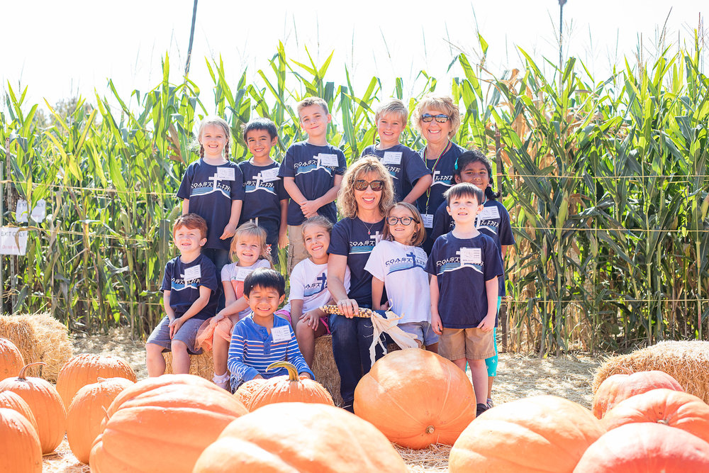 PumpkinPatchFieldTrip2017-18-7.jpg
