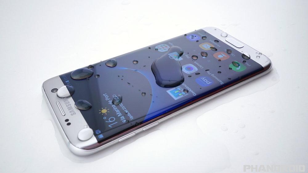 Samsung-Galaxy-S7-water-resistance-DSC01927.jpg
