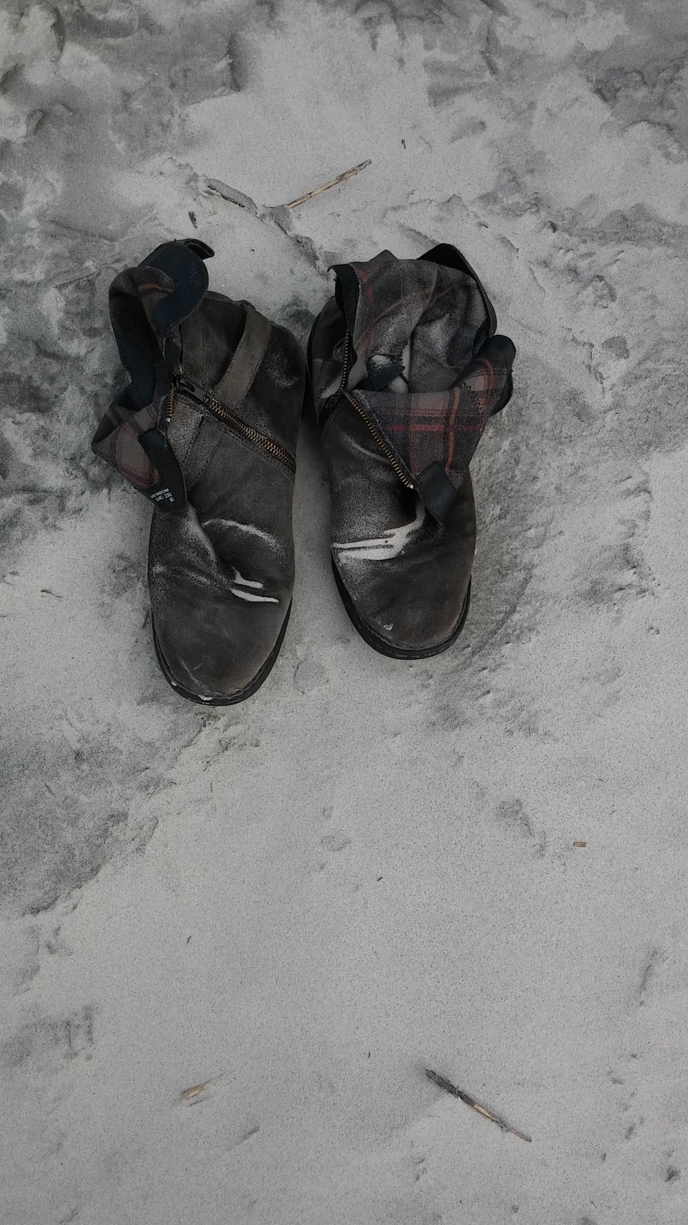 elena boots.jpg