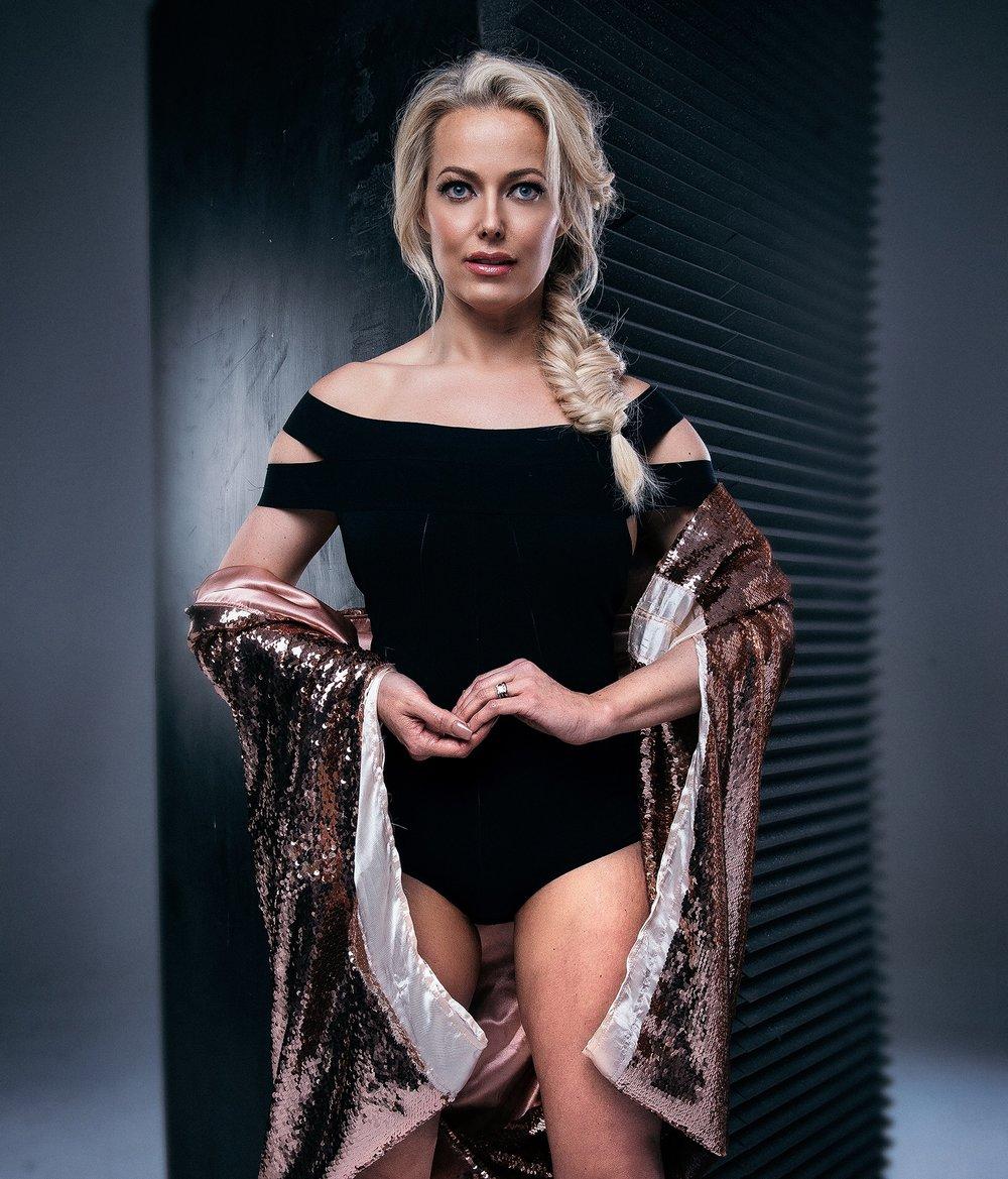 Lisa Mohager Black Swimsuit.JPG
