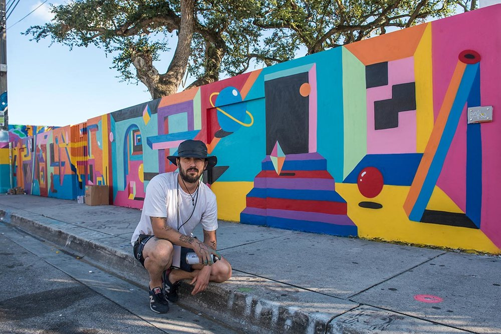 2SHY IN FRONT OF HIS WYNWOOD MURAL