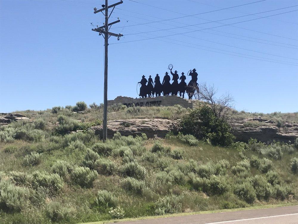 24_Dodge City_01.JPG
