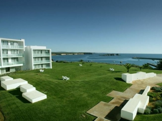 Sagres Yoga retreat hotel