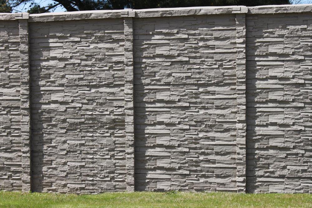 ChiselStone Precast Fence