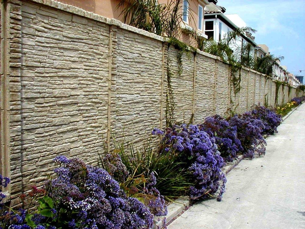 StackedStone Precast Fence