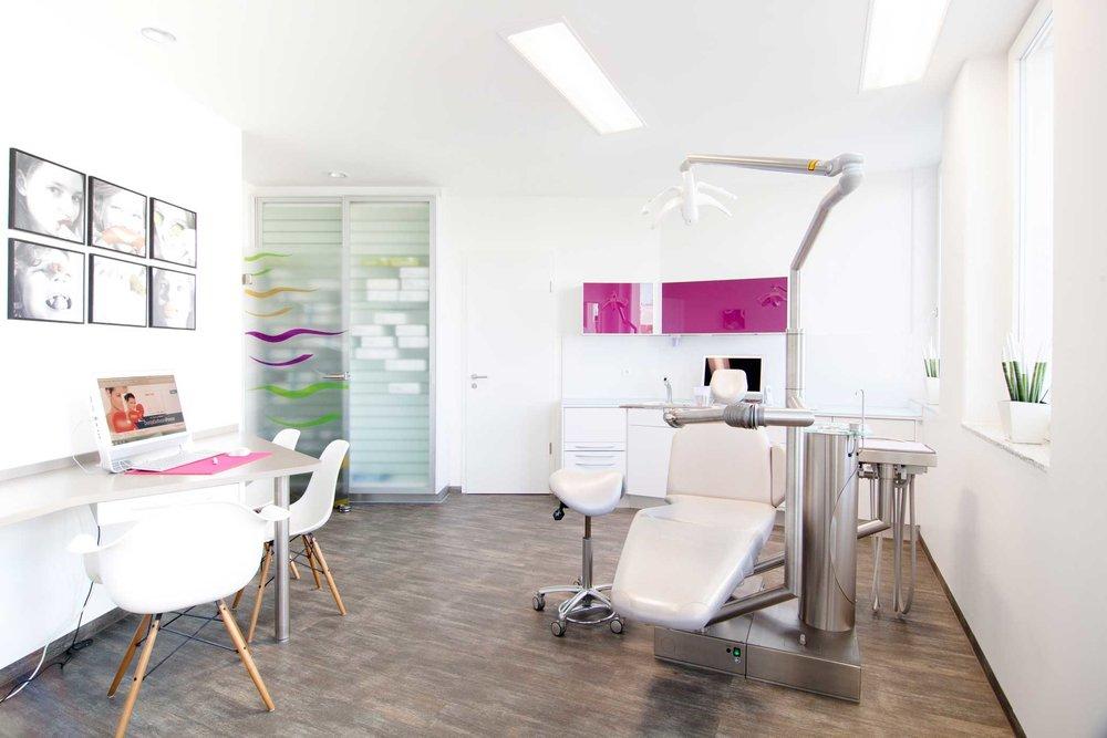 Im Einzelzimmer finden Beratungen zu den Behandlungsmethoden statt