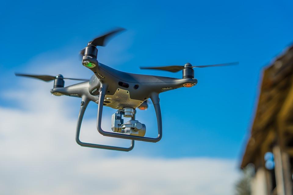 drone-3198327_960_720.jpg