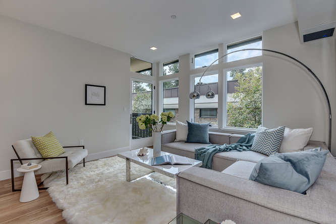 430 Forest Ave F Palo Alto CA-small-011-10-Living Room One-666x445-72dpi.jpg