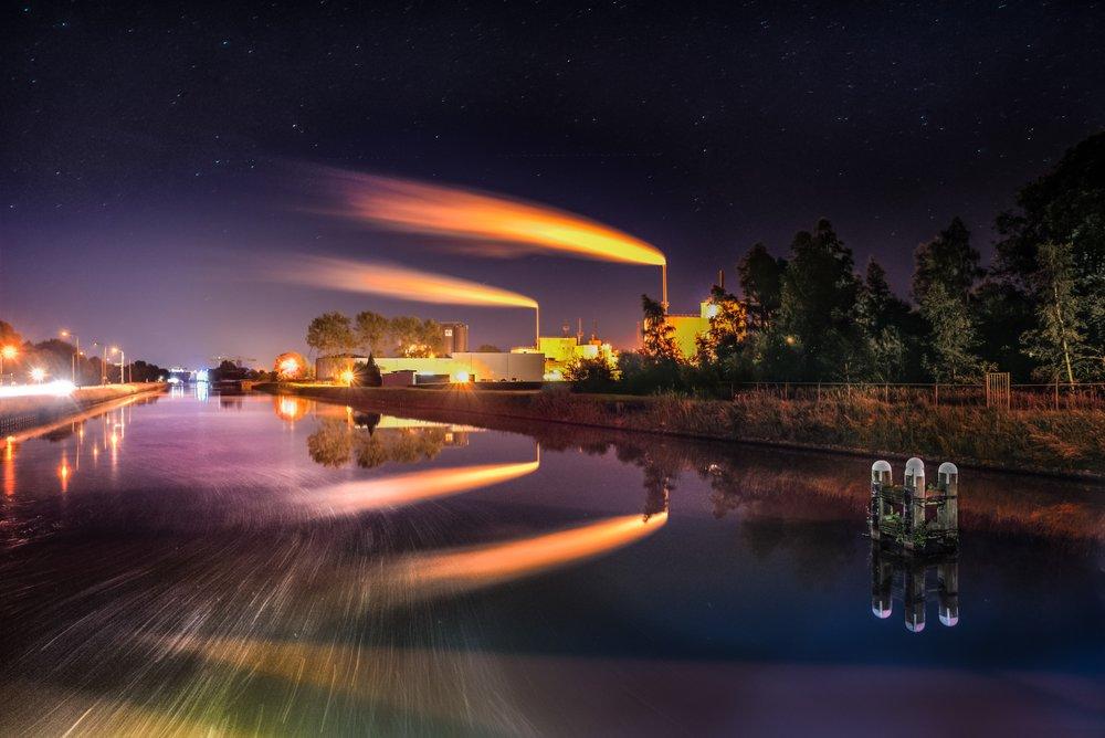 light-plant-sky-night-steam-dawn-589754-pxhere.com.jpg