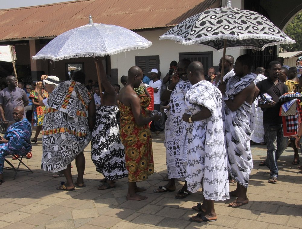Ashanti chiefs, the bigger the umbrella, the more important the chief.