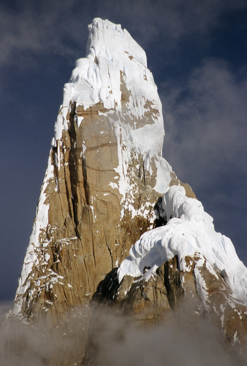 Summit snow mushrooms of Cerro Torre