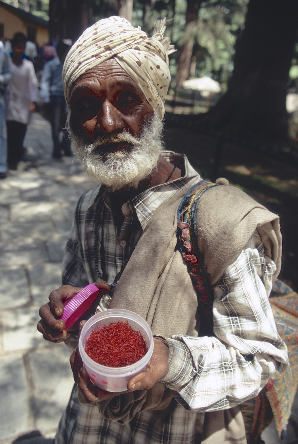 Saffron Seller in Manali