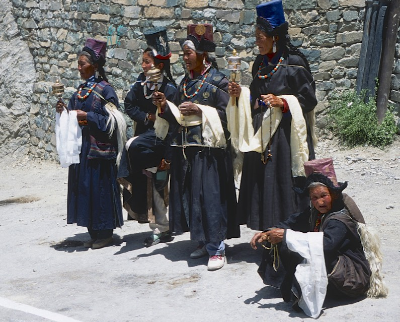 Ladakh - traditional outfits