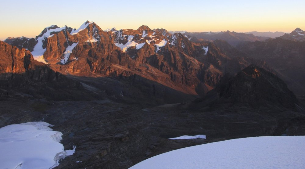 Sunrise from Pequeno Alpamayo
