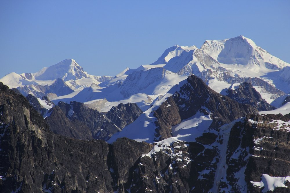 Acohuma and Chachacomani from the summit of Pequeno Alpamayo.