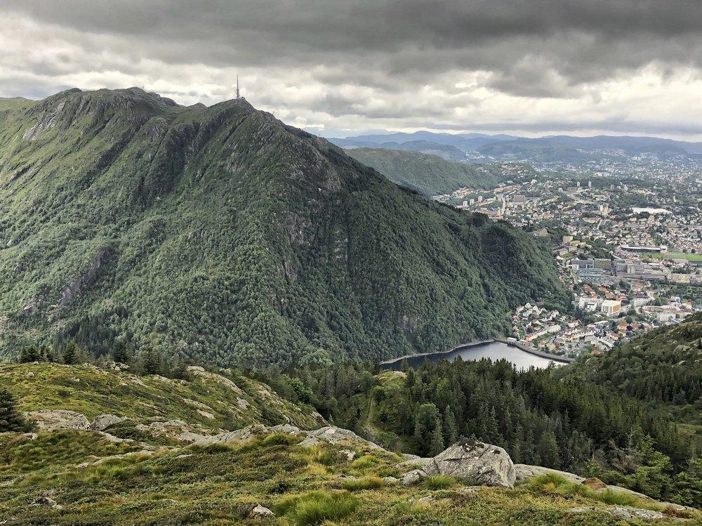 Hiking above Bergen