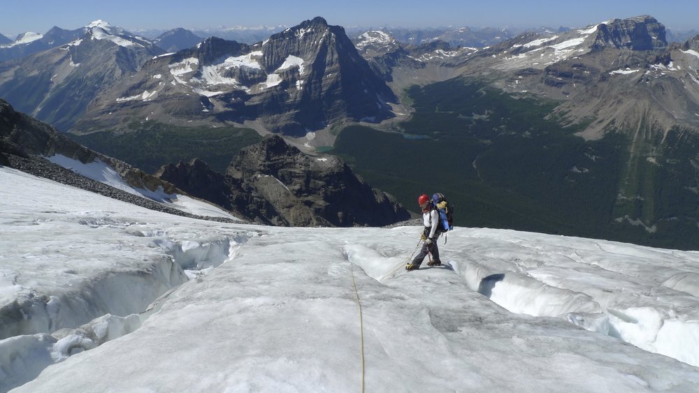 On Huber/Victoria Glacier