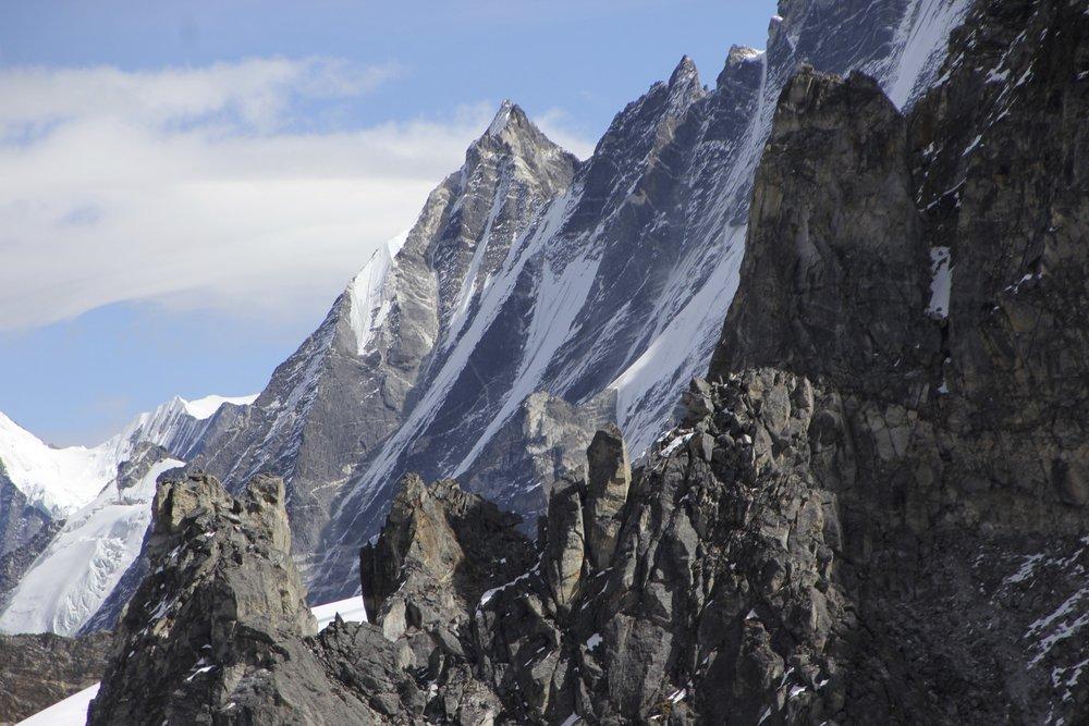 The rocky ridge extending from Ganjala Pass