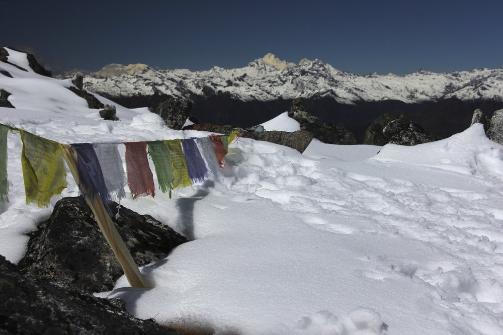 The view from Selele La Pass 4,480m to Everest, Makalu and Chamlang almost 100km away!