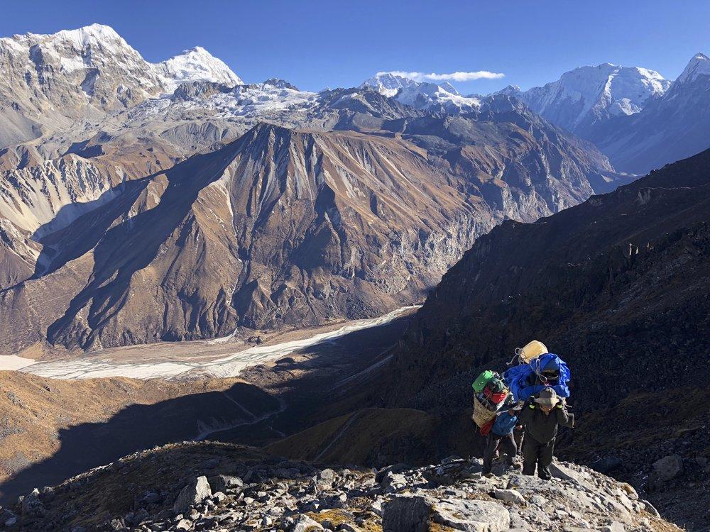 Climbing to the Ganjala Pass with the Langtang Velley below.