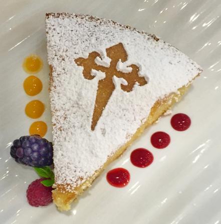 An exemplary tarta de Santiago