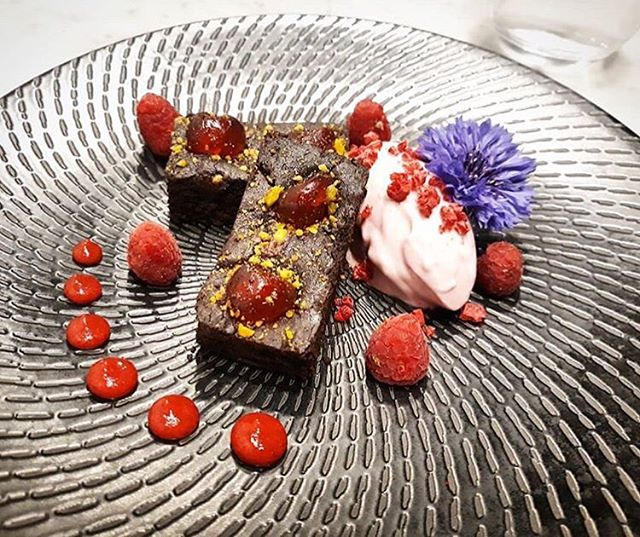 #worldveganday highlight: our cherry and pistachio brownie with coconut raspberry ice cream 🍴 📷 @thefatpear