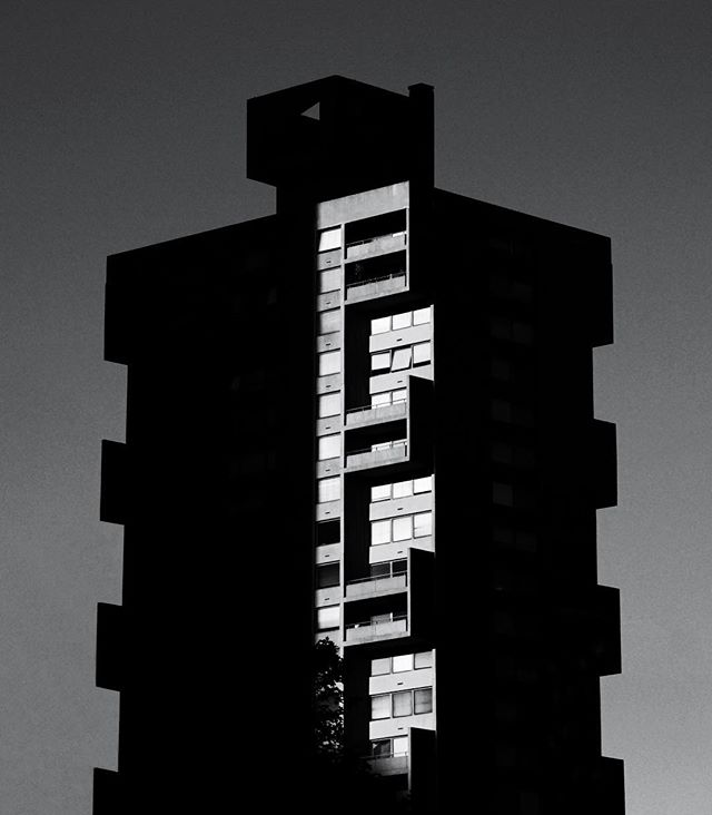 #moo #blackandwhite #brutopolis #chathamtowers