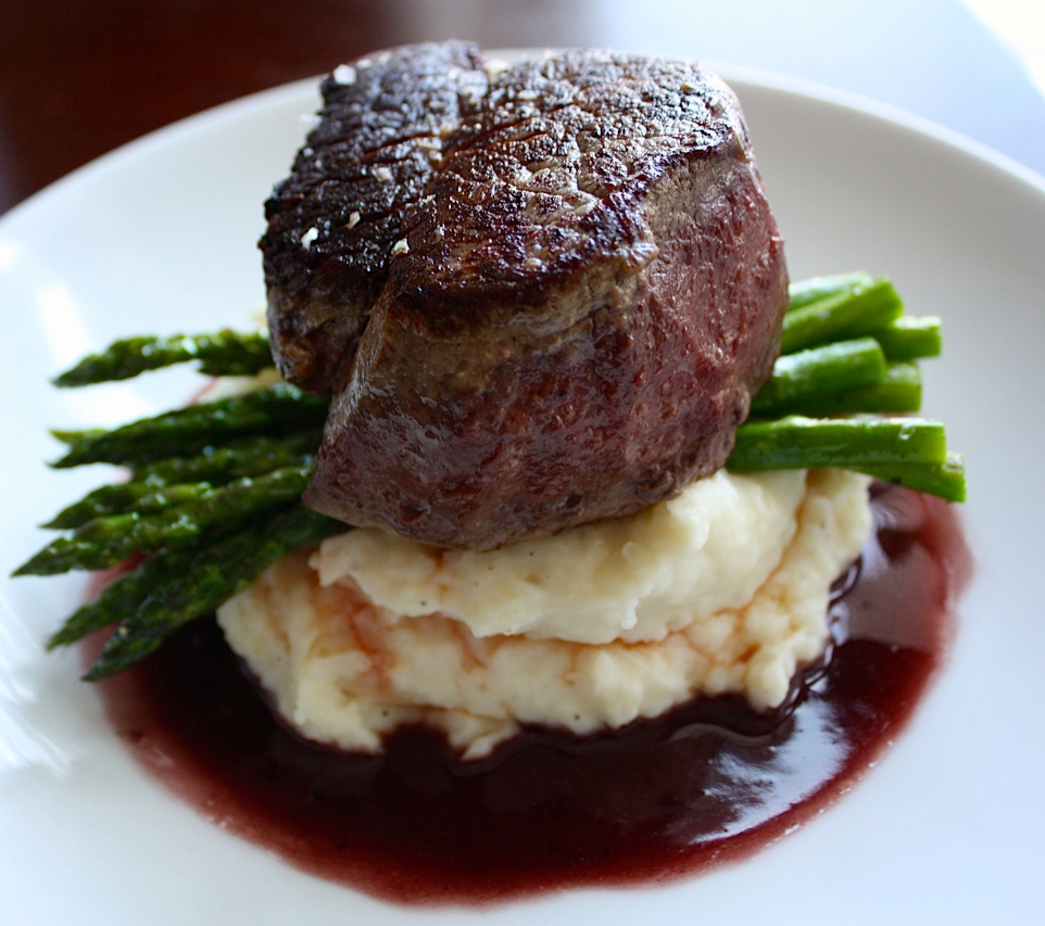 Filet of Beef with Red Wine Sauce + Garlic Mash + Roasted Asparagus2.jpg