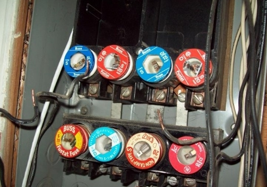 tyhe old breaker boxes contained fuses, which had to be replaced if there  was an