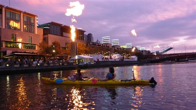 Melbourne City Twilight Kayak Tour - Get up and close to yachts, ferries and ships while taking in views of South Bank and the City of Melbourne skyline. This kayak tour starts in the city centre, on the Yarra River, where you paddle into the city hub past the former Customs House, turning basin, historical ships, former waterfalls and 'Mission for Seamen'.