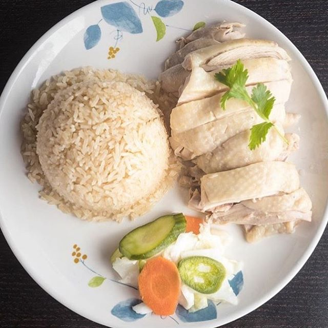 ⚠️ Our Rowland Heights store (formerly Rowland Man Chan Chicken Rice) has moved to the plaza next door!! ‼️ Address: 19255 Colima Road, Rowland Heights, CA 91748 🔥 Come stop by! We would love for you to see our new space! + we have other delicious items on the menu not available in our other stores!