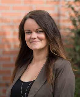 Nadine JakobDeutsch, Geschichte, Sozialkunde, Ethik -