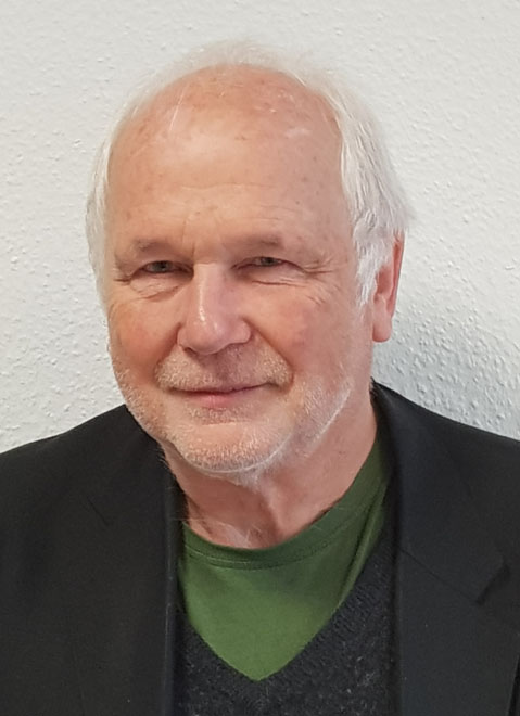 Hubert SendlSchulleiter, Wirtschaftsfächer - Telefon: 09261 - 9 64 66 60E-Mail: sendl@sabel.com